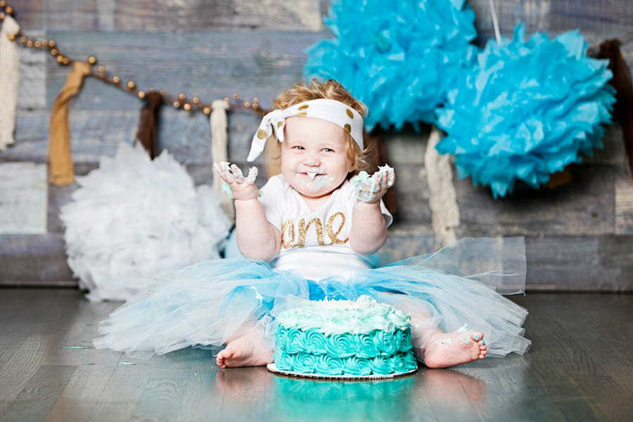 cake smash photo shoot